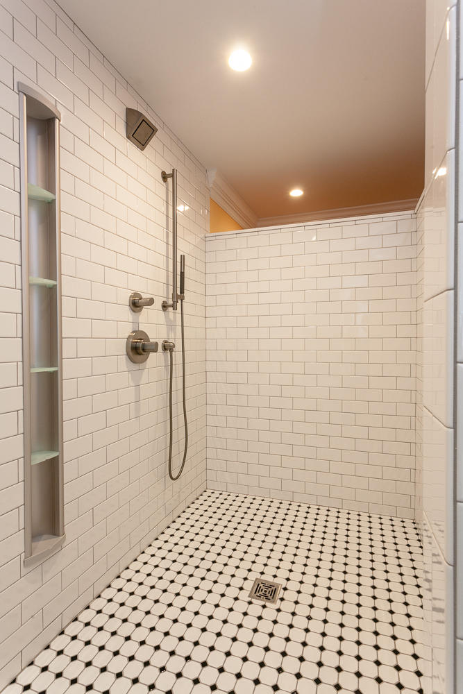 luxurious-bath-x2-large-023-6-spa-shower-667x1000-72dpi - The Hands ...